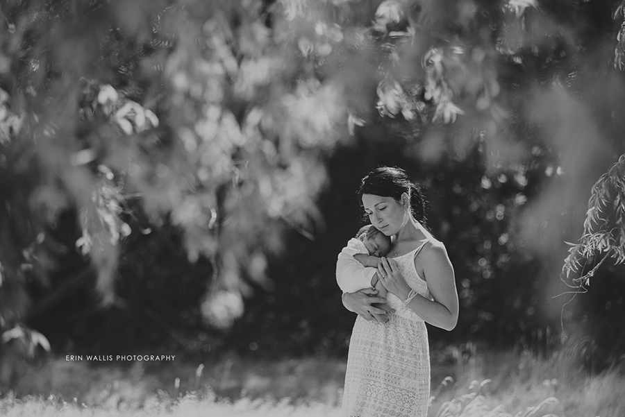 Outdoor lifestyle newborn sessions